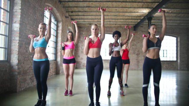 基礎代謝を上げる方法!簡単な筋トレや食事・習慣で痩せ体質をつくる