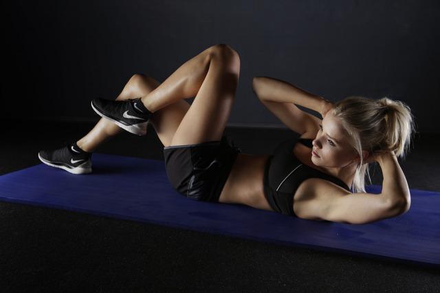 アミノ酸はダイエットに効果ある?最適な摂取タイミングと効率よく痩せるコツ