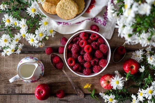 アンチエイジングに効果的な食べ物とレシピ!食習慣の改善で美肌をキープ