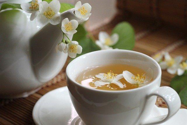 ジャスミン茶を飲むと本当に痩せるの?